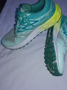 New balance athletic  shoes size 7 US